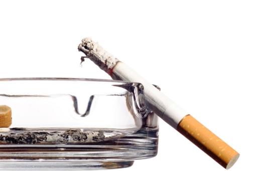 source de CO cigarette